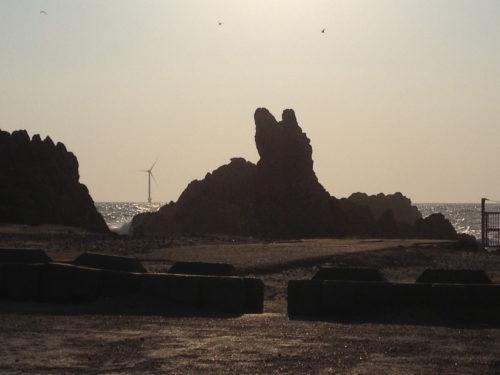 義経伝説の残る犬岩
